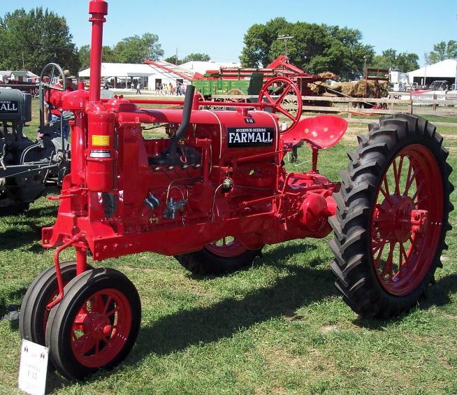 Farmall F 30 : I tractors